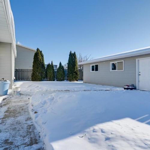 9531-173-avenue-lago-lindo-edmonton-24 at 9531 173 Avenue, Lago Lindo, Edmonton