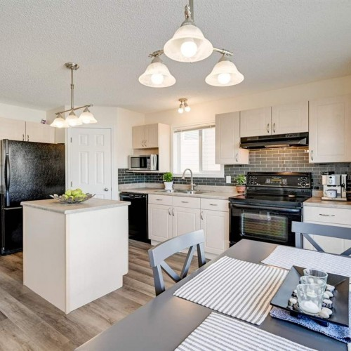 21348-89-avenue-suder-greens-edmonton-02 at 21348 89 Avenue, Suder Greens, Edmonton