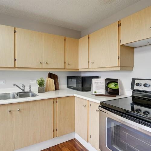11027-87-avenue-garneau-edmonton-05 at 602 - 11027 87 Avenue, Garneau, Edmonton