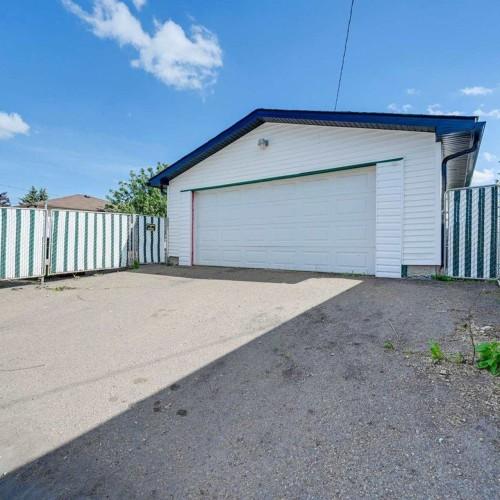 6304-94a-avenue-ottewell-edmonton-36 at 6304 94a Avenue, Ottewell, Edmonton