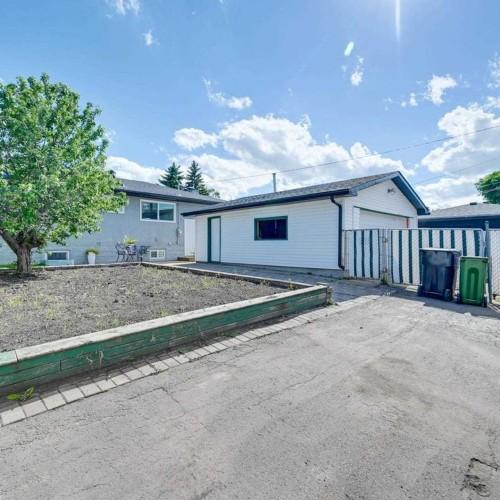6304-94a-avenue-ottewell-edmonton-37 at 6304 94a Avenue, Ottewell, Edmonton